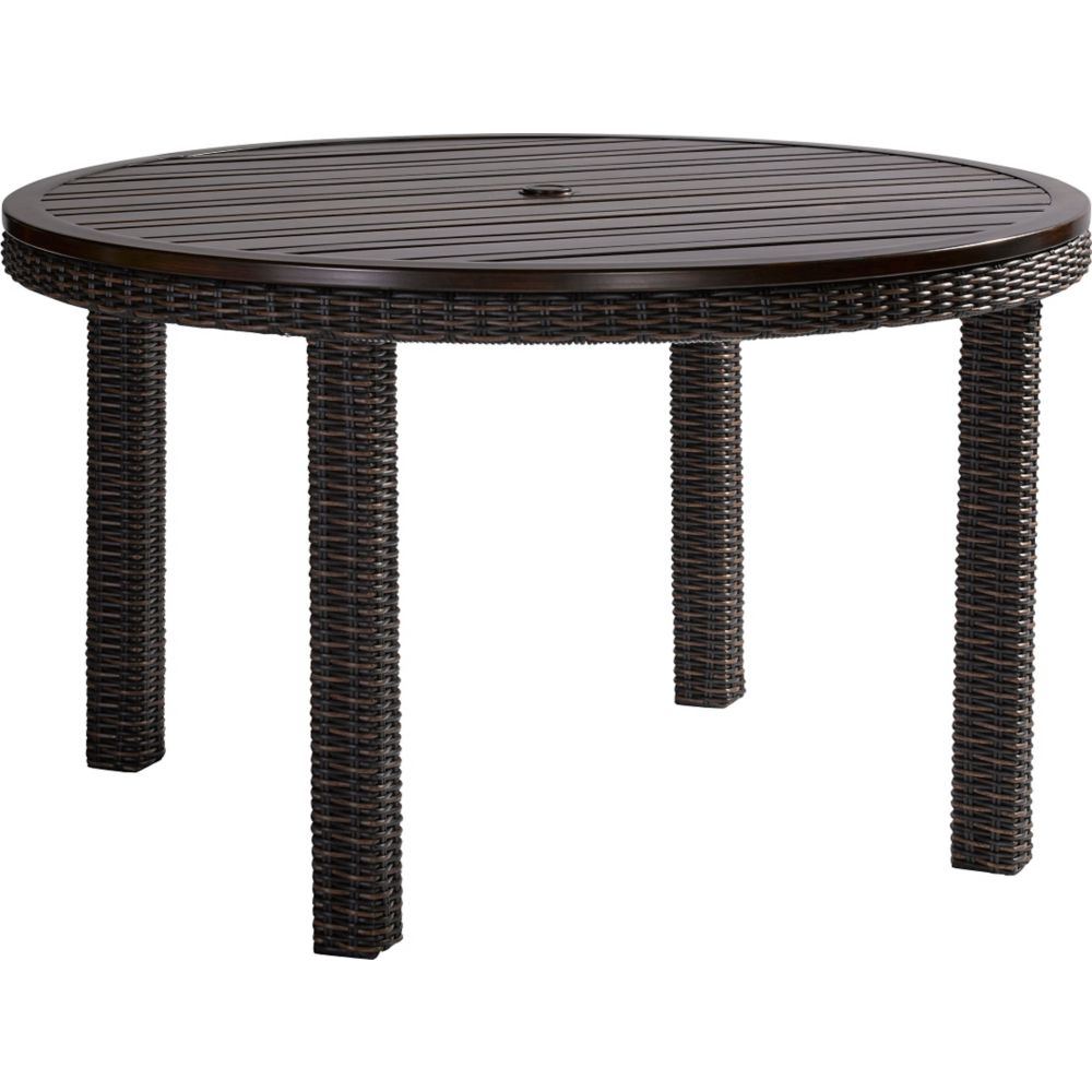 LANE VENTURE Requisite 52in  Round Dining Table