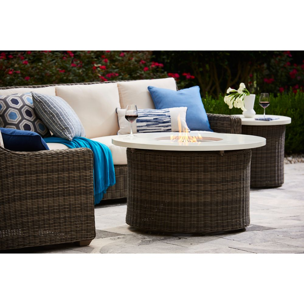 LANE VENTURE Oasis Round End Table